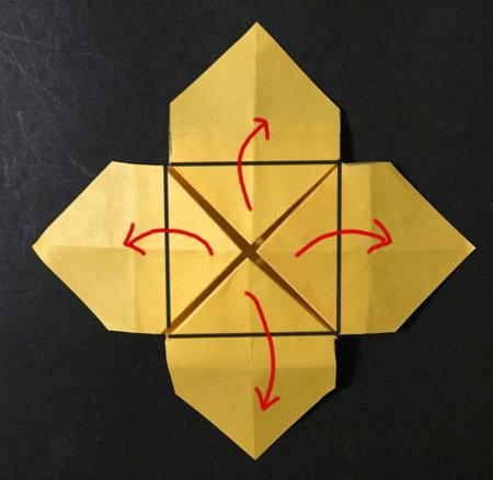 poinsetia.origami.26