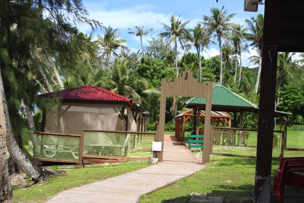 coco-palm-garden-beach-guam178