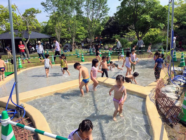 吉野ヶ里歴史公園の水遊び場写真②