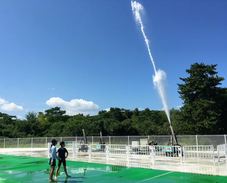 サンシャインプールの水遊び広場